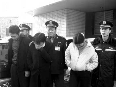 北京劲风三号掀起高潮 重点整顿餐饮娱乐业