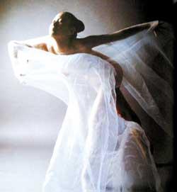 男子人体艺术照_动漫 经典人体摄影作品赏析 人体摄影相关报道  《汤加丽人体艺术写真
