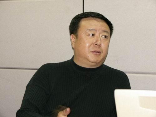 图文:11月13日著名导演尤小刚做客搜狐-11