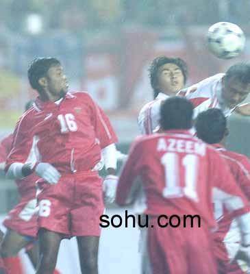 2002年世界杯亚洲区第9小组预选赛中国队10:1狂胜弱旅马尔代夫.图