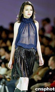 米兰透明薄纱时装秀,米兰透明无内衣时装秀,米兰薄纱透明内衣时装