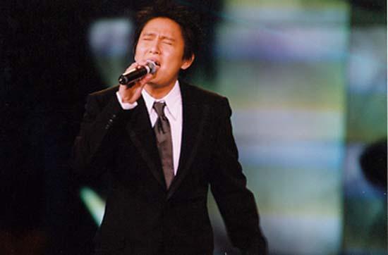 跨世纪男歌手:刘德华跨世纪女歌手:王菲榜中榜歌手大奖:黎明传媒图片
