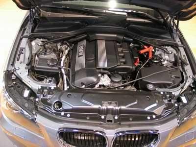 现场图片:国产宝马530i发动机一览(组图)
