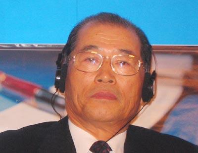 图:韩国友利金融集团主席兼CEO尹炳哲