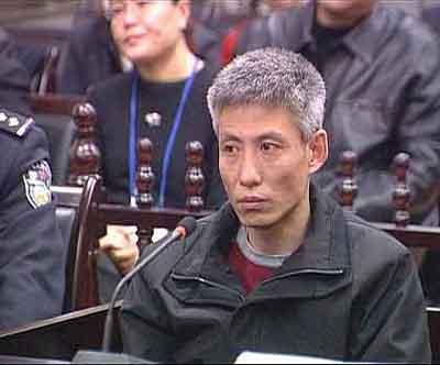 """黑社会头目刘涌_CCTV《法治在线》:""""刘涌案""""再审庭审纪实"""