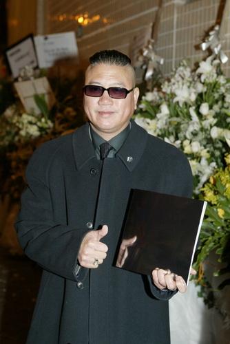 万梓良/2004年1月11日,香港为梅艳芳举行公祭,众多生前好友如谢霆锋...