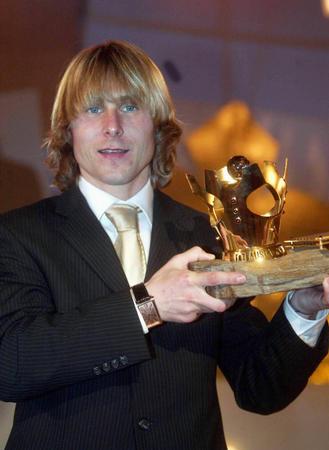 内德维德第三次加冕捷克足球先生