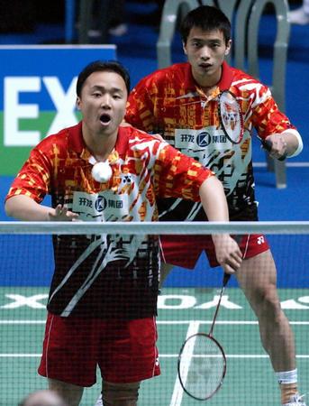 3月9日,中国羽毛球选手张军(左)/陈其遒在全英羽毛球公开...