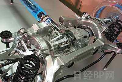 后部副车架为铝制液压成形(hydroform)产品.