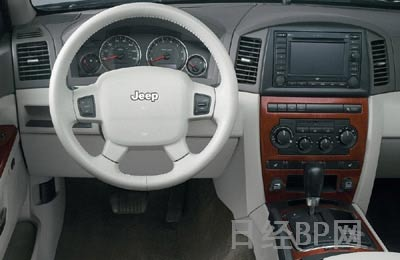 jeep大切诺基汽车海报-约车展 新款 吉普大切诺基 组图高清图片