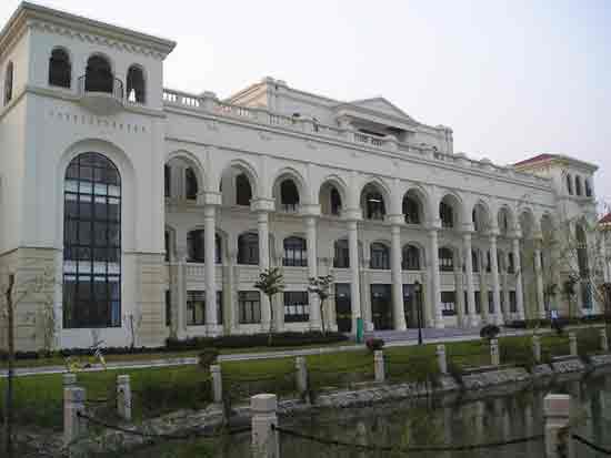 上海外国语大学_上海外国语大学风景图片