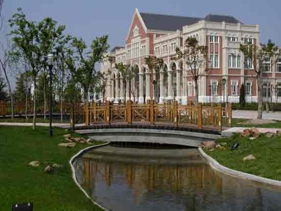 上海外国语大学_上海外国语大学风光一览