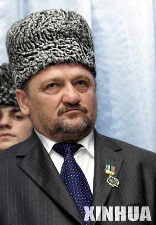 资料:车臣共和国总统艾哈迈德-卡德罗夫(图)