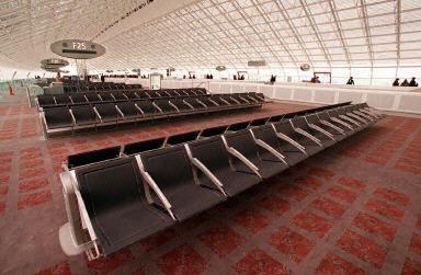 巴黎的夏尔-戴高乐机场的2E候机楼-搜狐新闻