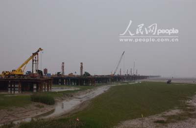杭州湾跨海大桥助海盐开拓发展新天地