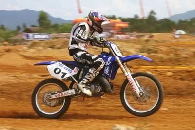全国越野摩托车锦标赛嘉陵队战况显赫