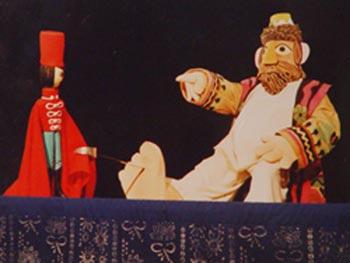 教育并为他们服务是中国木偶艺术剧团持之以恒的事业