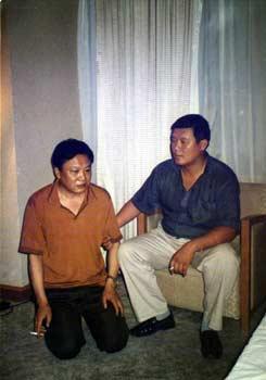 下跪的副市长-山东济宁市副市长李信丑行录(图)