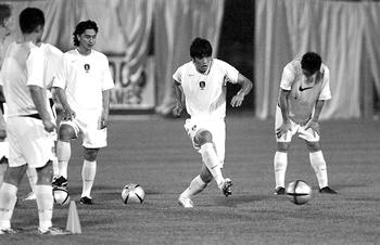 亚洲杯B组今晚开战