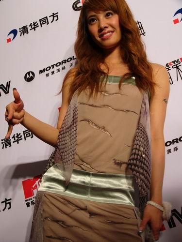 图文:第六届CCTV-MTV音乐颁奖盛典-采访图片(蔡依琳1)