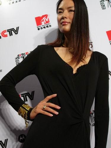 图文:第六届CCTV-MTV音乐颁奖盛典-采访图片(谢东娜1)