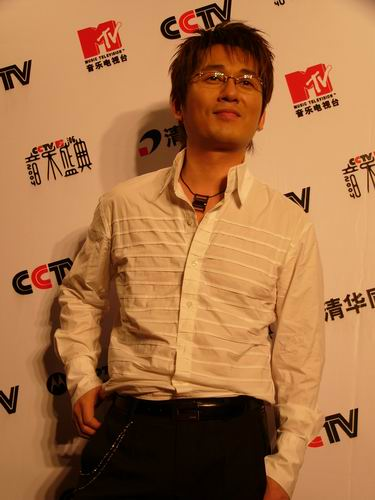 图文:第六届CCTV-MTV音乐颁奖盛典-采访图片(申晟勋4)