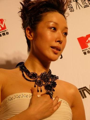 图文:第六届CCTV-MTV音乐颁奖盛典-采访图片(孙悦4)