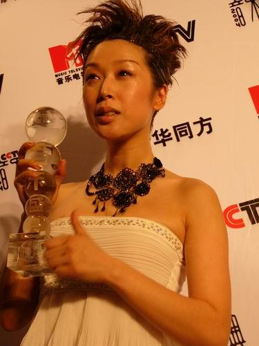 图文:第六届CCTV-MTV音乐颁奖盛典-采访图片(孙悦6)