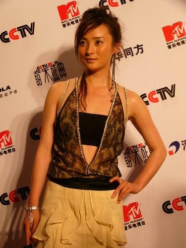 图文:第六届CCTV-MTV音乐颁奖盛典-采访图片(蒋勤勤3)