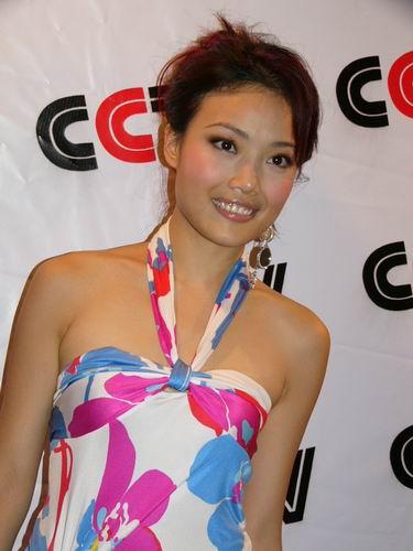 图文:第六届CCTV-MTV音乐颁奖盛典-采访图片(容祖儿1)