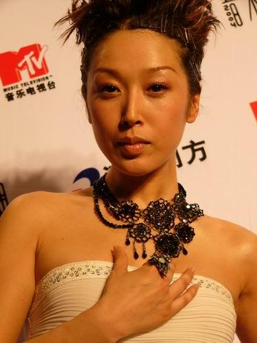 图文:第六届CCTV-MTV音乐颁奖盛典-采访图片(孙悦5)