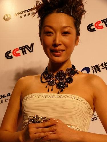 图文:第六届CCTV-MTV音乐颁奖盛典-采访图片(孙悦1)