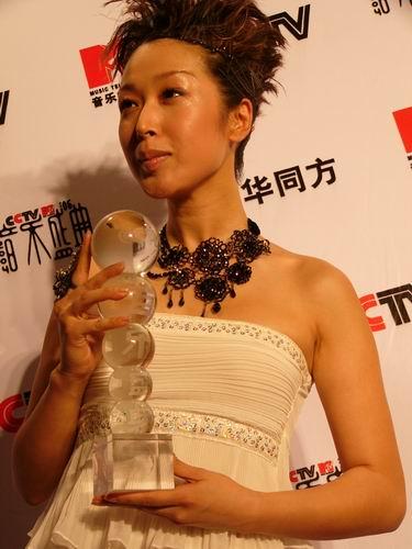 图文:第六届CCTV-MTV音乐颁奖盛典-采访图片(孙悦8)