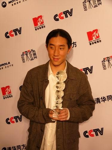 图文:第六届CCTV-MTV音乐颁奖盛典-采访图片(房祖明3)