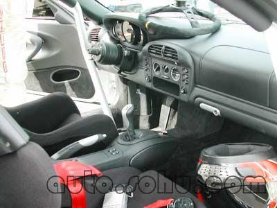 的感觉.提供的车型包括保时捷996 gt3、道奇蝰蛇(viper)、高清图片