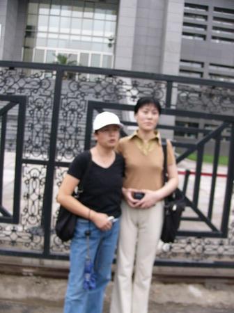 图文:赵忠祥和饶颖案再次开庭-和第二代理律师