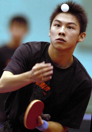 图文:国乒男队队内比赛