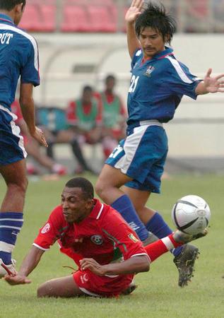 [亚洲杯](3)足球――泰国对阿曼