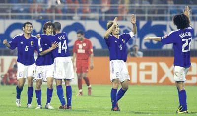 4比3,日本力克巴林进决赛(组图)