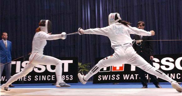 李娜在击剑世锦赛重剑个人半决赛中(图)