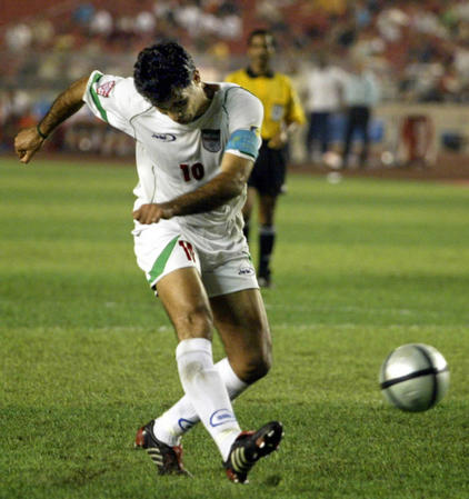 [亚洲杯](7)亚洲杯季军争夺战:伊朗对巴林