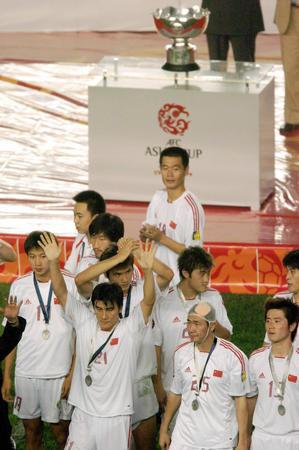 本新华社照片,北京,2004年8月7日