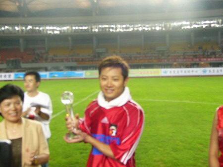 关爱儿童 远离伤害 中国明星足球队慈善晚会 209