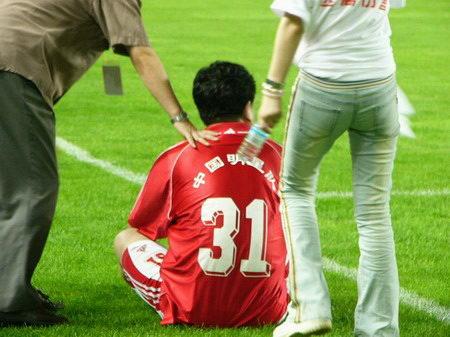 关爱儿童 远离伤害 中国明星足球队慈善晚会 95