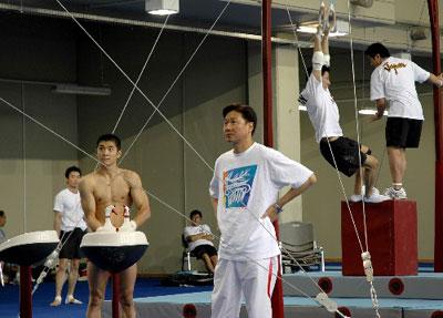 来自中国体操队的独家报道(组图)