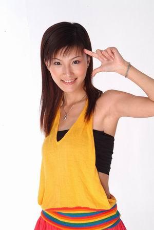 决赛性感句子硬照欣赏--1号云菲(广东)01-搜狐选手女人性感形容的图片