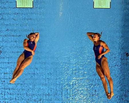 图文:女子双人三米跳台 德国选手
