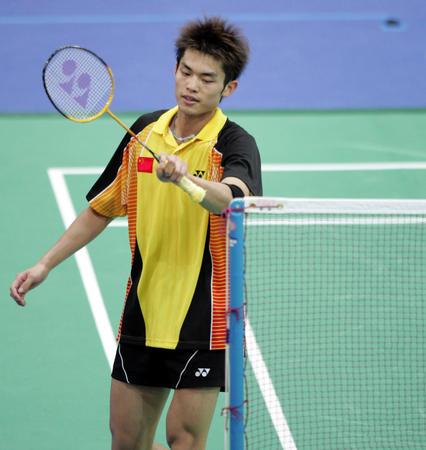 图文:羽毛球男单比赛