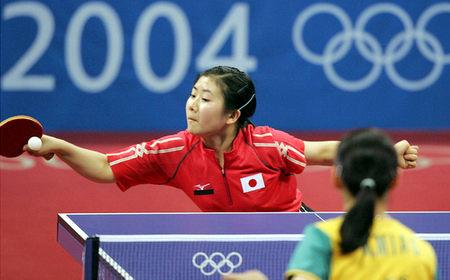 图文:奥运会乒乓比球 日本选手福原爱