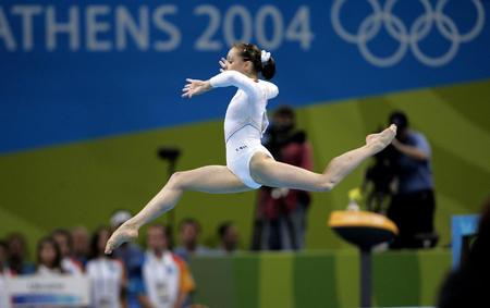 罗马尼亚体操队_2004年雅典奥运会 国际纵队 体操 女子体操团体决赛 罗马尼亚队获得